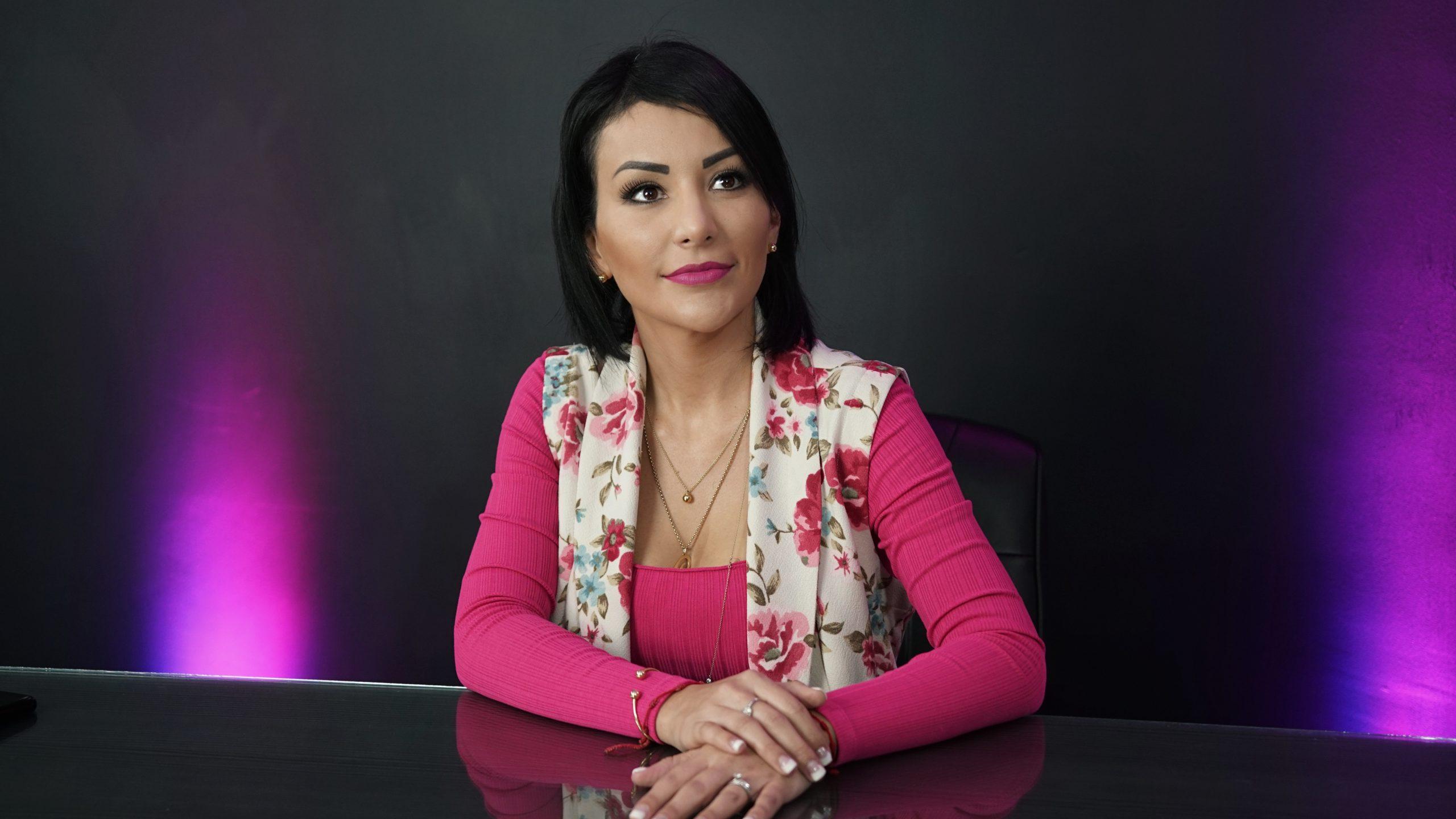 Vamos a pintar de rosa a Sonora, no vamos sólo por el registro ni a ser comparsa de nadie: Carolina Lara
