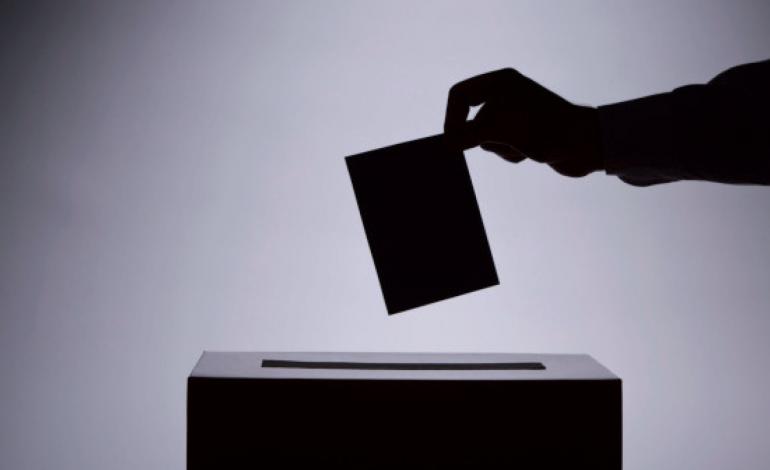 elecciones encuesta