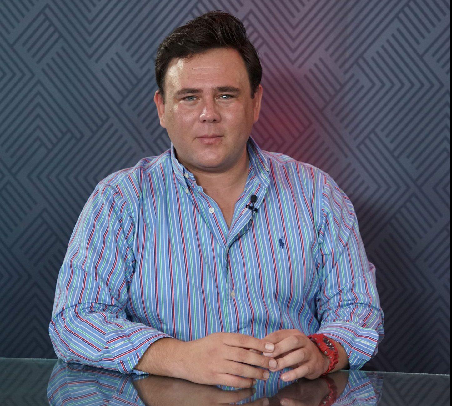 """Nueva Dirigencia del PRI en Sonora, no debe ser un Club de TOBY: Héctor """"el Shoocky"""" Enciso Ulloa"""